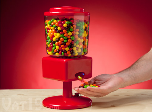 Motion Activated Touchless Candy Dispenser Prevents The Spread Of Germs