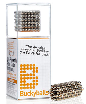 BuckyBalls Magnetic Desktoy