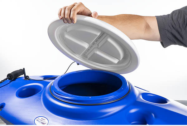 Features watertight lid and double carrying handles
