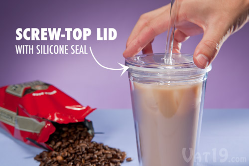 The screw-top lid and silicone seal prevent spills if the Eco Cup on Ice is tipped over.