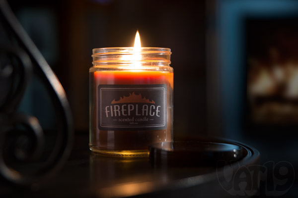 Fireplace Scented Jar Candle smells like a real wood-burning fireplace - Fireplace Scented Jar Candle