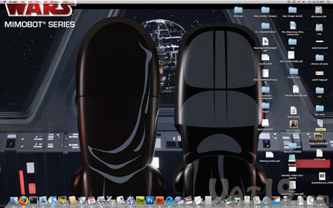 Each Star Wars USB Flash Drive comes preloaded with dozens of wallpapers