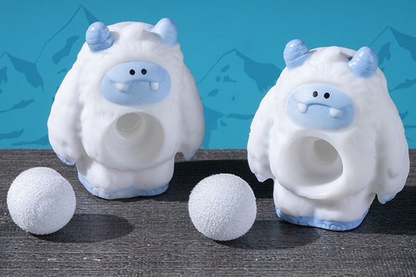 Each set includes two Yeti Poppers and two snowballs.